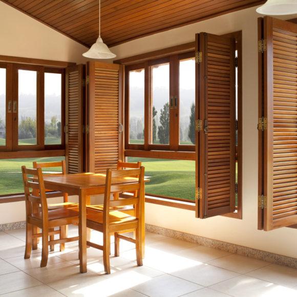 fenêtres en bois Giteau menuiserie Mayenne 53 Meslay-du-Maine Laval