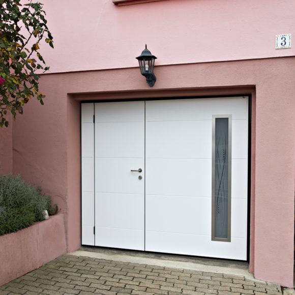 Porte de garage basculante Giteau menuiserie Mayenne 53 Meslay-du-Maine Laval