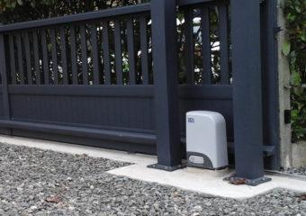 Automatisme portail Giteau menuiserie Mayenne 53 Meslay-du-Maine Laval